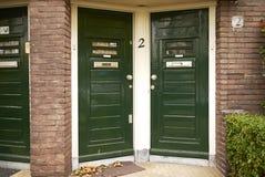 Πράσινες πόρτες του Άμστερνταμ Στοκ φωτογραφίες με δικαίωμα ελεύθερης χρήσης
