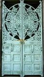Πράσινες πόρτες όρφνωσης Στοκ φωτογραφία με δικαίωμα ελεύθερης χρήσης