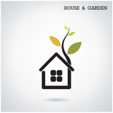 Πράσινη έννοια ενεργειακών σπιτιών, σπίτι και σύμβολο κήπων Διανυσματικό illus Στοκ Εικόνες