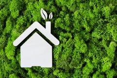 Πράσινη έννοια σπιτιών Eco Στοκ φωτογραφία με δικαίωμα ελεύθερης χρήσης