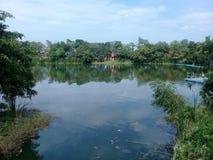 πράσινη λίμνη στοκ φωτογραφία
