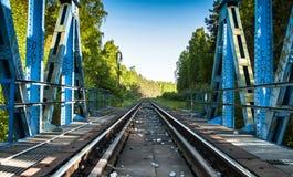 Πράσινη γέφυρα σιδηροδρόμων Στοκ φωτογραφία με δικαίωμα ελεύθερης χρήσης