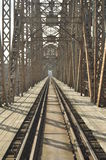 Πράσινη γέφυρα σιδηροδρόμων Torah, κατασκευή χάλυβα πέρασμα Στοκ φωτογραφία με δικαίωμα ελεύθερης χρήσης