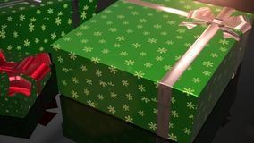 Πράσινη ζωτικότητα δώρων γενεθλίων Χριστουγέννων απόθεμα βίντεο