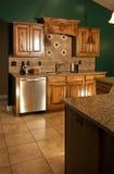 πράσινη κουζίνα σύγχρονη στοκ εικόνες
