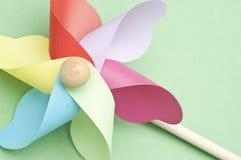 πράσινη κρητιδογραφία pinwheel στοκ φωτογραφία με δικαίωμα ελεύθερης χρήσης