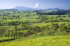 Πράσινη λοφώδης περιοχή στοκ φωτογραφία με δικαίωμα ελεύθερης χρήσης