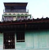 Πράσινη πρόσοψη της οικοδόμησης στοκ φωτογραφίες με δικαίωμα ελεύθερης χρήσης