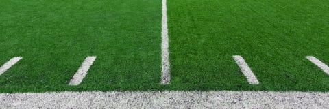 πράσινη σύσταση χλόης ποδοσφαίρου πεδίων ανασκόπησης Στοκ φωτογραφίες με δικαίωμα ελεύθερης χρήσης