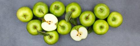 Πράσινη τοπ άποψη πλακών εμβλημάτων φρούτων φρούτων μήλων μήλων Στοκ Εικόνα