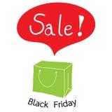 Πράσινη τσάντα αγορών με την πώληση λέξης για τη μαύρη Παρασκευή Στοκ εικόνες με δικαίωμα ελεύθερης χρήσης