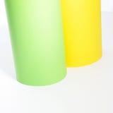 Πράσινοι και κίτρινοι ρόλοι του χαρτονιού Στοκ Εικόνα