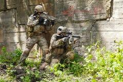 Πράσινοι Berets στρατιώτες στη δράση Στοκ εικόνα με δικαίωμα ελεύθερης χρήσης