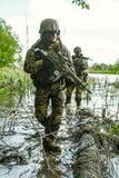 Πράσινοι Berets στρατιώτες στη δράση Στοκ φωτογραφία με δικαίωμα ελεύθερης χρήσης
