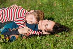 πράσινος βάζοντας γιος μ&et Στοκ εικόνα με δικαίωμα ελεύθερης χρήσης