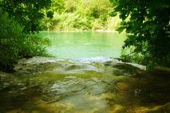 πράσινος ποταμός στοκ φωτογραφία