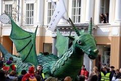 Πράσινος δράκος στο δράκο καρναβάλι Στοκ φωτογραφία με δικαίωμα ελεύθερης χρήσης