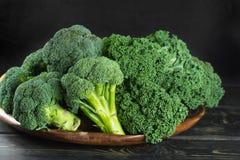 Πράσινος χειμώνας superfood - πράσινο λάχανο του Kale, μπρόκολο Στοκ Εικόνα