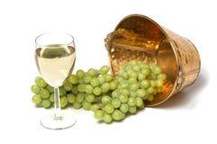 πράσινο άσπρο κρασί σταφυ&lamb στοκ φωτογραφία με δικαίωμα ελεύθερης χρήσης
