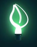 Πράσινο διαμορφωμένο φύλλο Lightbulb Στοκ φωτογραφίες με δικαίωμα ελεύθερης χρήσης
