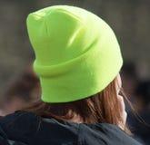 Πράσινο καπέλο στο κορίτσι Στοκ εικόνα με δικαίωμα ελεύθερης χρήσης