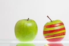 πράσινο μήλου ριγωτός Στοκ φωτογραφίες με δικαίωμα ελεύθερης χρήσης