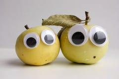 Πράσινο μήλου για τα παιδιά φυσικός Apple Στοκ εικόνα με δικαίωμα ελεύθερης χρήσης