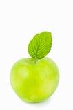 Πράσινο μήλο σε ένα άσπρο υπόβαθρο που απομονώνεται Στοκ φωτογραφίες με δικαίωμα ελεύθερης χρήσης