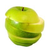 Πράσινο μήλο φωτογραφικών διαφανειών στη φέτα βημάτων Στοκ φωτογραφία με δικαίωμα ελεύθερης χρήσης