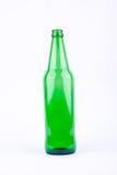 Πράσινο μπουκάλι μπύρας για το κόμμα ποτών μπύρας στο άσπρο ποτό υποβάθρου που απομονώνεται Στοκ εικόνες με δικαίωμα ελεύθερης χρήσης