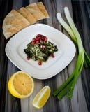Πράσινο πιάτο αποκαλούμενο Ø®Ø¨ÙŠØ ² Ø© khobbeizeh Στοκ φωτογραφίες με δικαίωμα ελεύθερης χρήσης