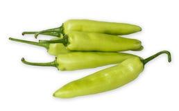 Πράσινο πιπέρι που απομονώνεται σε ένα λευκό Στοκ Φωτογραφίες