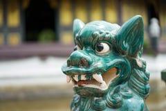 Πράσινο πλάσμα της Ασίας όπως το λιοντάρι - άγαλμα δράκων, αυτό μεγάλο μάτι ` s, αριθ. στοκ φωτογραφία με δικαίωμα ελεύθερης χρήσης
