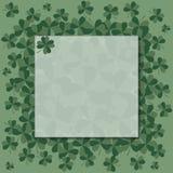 Πράσινο πλαίσιο με το τριφύλλι Ημέρα StPatrick ` s διάνυσμα διανυσματική απεικόνιση
