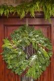 Πράσινο στεφάνι Χριστουγέννων διακοπών Στοκ Φωτογραφία