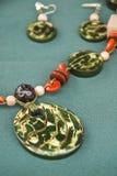 Πράσινο σύνολο κοσμήματος καρυδιών Tagua Στοκ εικόνες με δικαίωμα ελεύθερης χρήσης