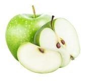 Πράσινο σύνολο μήλων περικοπών που απομονώνεται σε ένα άσπρο υπόβαθρο Στοκ Εικόνα