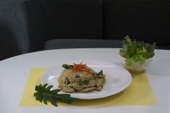 Πράσινο σύνολο ρυζιού κάρρυ τηγανισμένο κοτόπουλο Στοκ φωτογραφία με δικαίωμα ελεύθερης χρήσης
