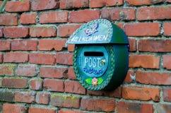Πράσινο ταχυδρομικό κιβώτιο Στοκ εικόνες με δικαίωμα ελεύθερης χρήσης