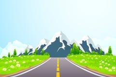 Πράσινο τοπίο με το δρόμο και τα βουνά Στοκ εικόνες με δικαίωμα ελεύθερης χρήσης