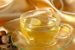 πράσινο τσάι πιατακιών φλυ&ta Στοκ Εικόνες
