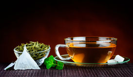 Πράσινο τσάι στην παραδοσιακή ακόμα-ζωή Στοκ Εικόνες