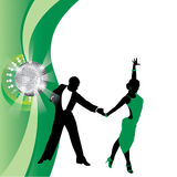 Πράσινο υπόβαθρο με το χορεύοντας ζεύγος Στοκ Εικόνα