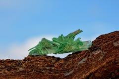 Πράσινο χρωματισμένο ασβεστοκονίαμα - κρύσταλλο Στοκ Εικόνες