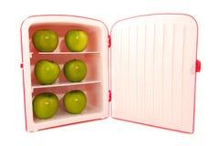 πράσινο ψυγείο μήλων Στοκ φωτογραφίες με δικαίωμα ελεύθερης χρήσης