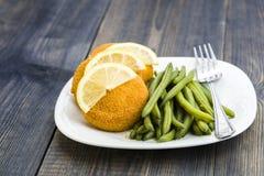 Πράσινο burger φασολιών και ψαριών Στοκ φωτογραφίες με δικαίωμα ελεύθερης χρήσης