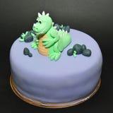 Πράσινο fondant δεινοσαύρων κέικ γενεθλίων Στοκ εικόνα με δικαίωμα ελεύθερης χρήσης