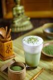 Πράσινο matcha τσαγιού latte στοκ φωτογραφία