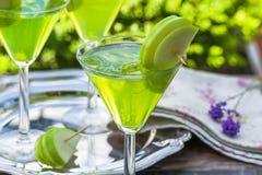 Πράσινο tequila και ξινό κοκτέιλ της Apple Στοκ φωτογραφίες με δικαίωμα ελεύθερης χρήσης