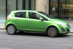 Πράσινο Vauxhall Astra στοκ εικόνα με δικαίωμα ελεύθερης χρήσης